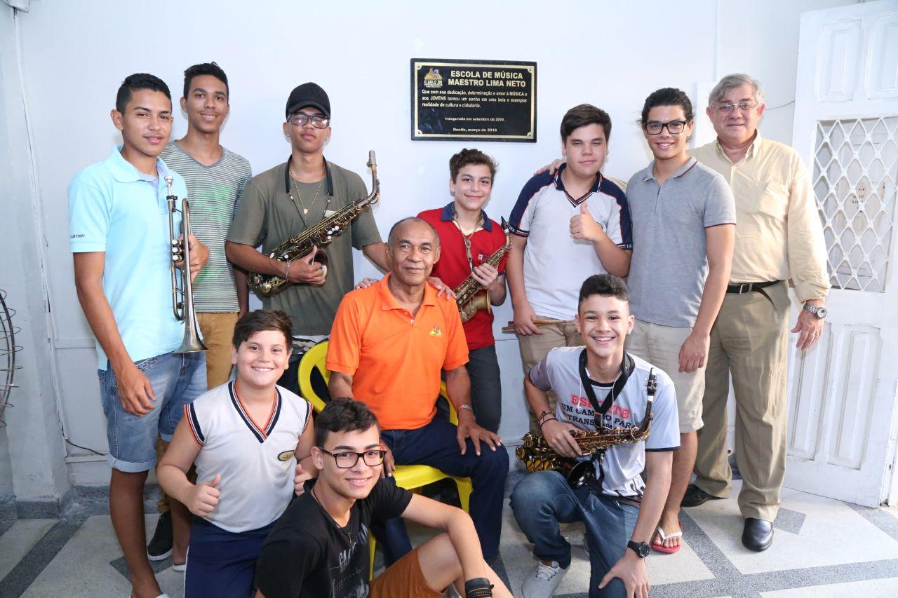 Escolinha de música do Galo recebe nome em homenagem ao Maestro Lima Neto